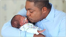 dad-with-preemie2