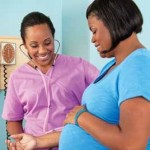 pregnant woman blood pressure